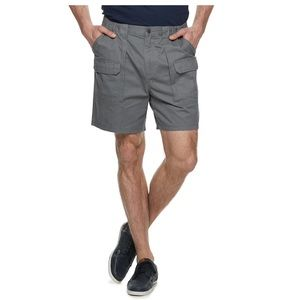 Croft and Barrow gray twill cargo shorts 52 54